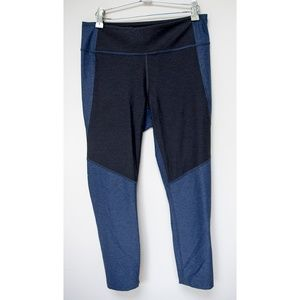 Outdoor Voices two tone cropped leggings size L